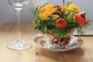 Driftwood Flowers - Tea cup Posy