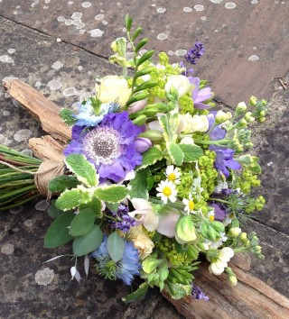 Natural mixed blue & white wedding bouquet from Driftwood Flowers