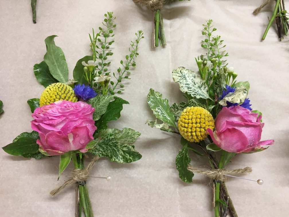 Bridesmaid posies from Driftwood Wedding Flowers, Chichester