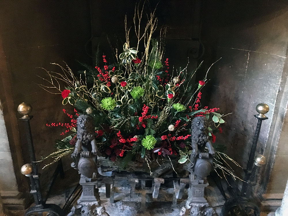 Fire Grate Floral Display - Driftwood Flowers Chichester